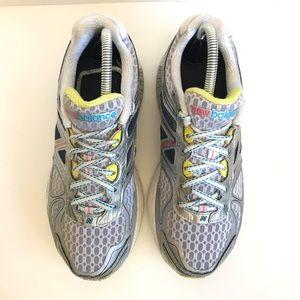 New Balance Shoes - New Balance 860 V4 Womens Running Shoes